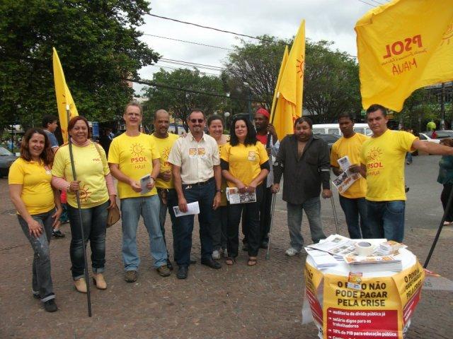 Manifestação do PSOL em Mauá em favor da Saúde e Educação
